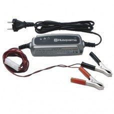 Зарядное устройство Husqvarna ВС 0.8 (12 В / 0.8 A)